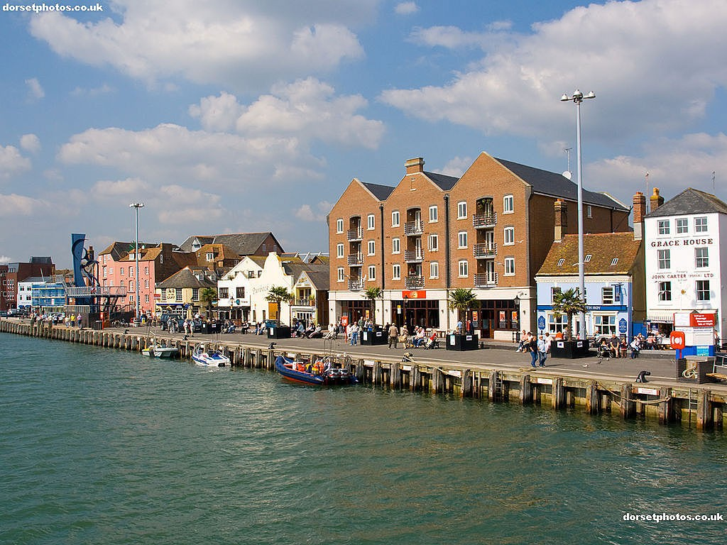4Poole-Harbour-WaterfrontIMG 2468 210908